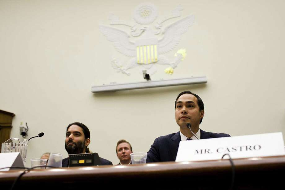 Mayor Julián Castro testifies before the House Judiciary Committee on Capitol Hill in Washington. Photo: Christopher Gregory / New York Times