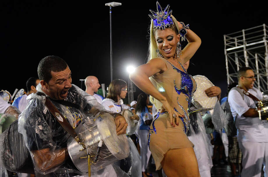 Andreia Andrade dances during the technical rehearsal of Samba School Empire of Casa Verde in the preparations for Carnival 2013 at the Anhembi Sambadrome on February 02, 2013 in Sao Paulo, Brazil. Photo: News Free/CON, LatinContent/Getty Images / 2013 News Free