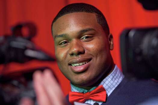 3504 x 2336~~$~~Dee Liner, a defensive lineman at Muscle Shoals High School in Muscle Shoals, Ala., smiles after announcing Wednesday, Feb. 6, 2013, that he has chosen to sign his national letter of intent to play football at Alabama. Photo: Matt McKean, AP / TimesDaily