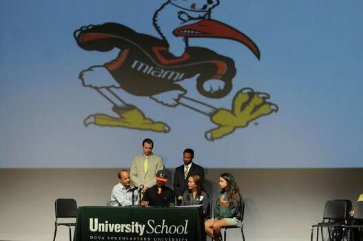University School athlete Sebastian Diaz signs with the University of Miami Wednesday, February 6, 2013, in Davie, Florida. (Taimy Alvarez/Sun Sentinel/MCT) Photo: Taimy Alvarez, McClatchy-Tribune News Service / Sun Sentinel