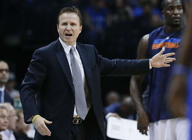 Oklahoma City Thunder coach Scott Brooks gestures to an official during the first quarter of an NBA basketball game against Golden State Warriors in Oklahoma City, Wednesday, Feb. 6, 2013. Oklahoma City won 119-98. (AP Photo/Sue Ogrocki) Photo: Sue Ogrocki, Associated Press
