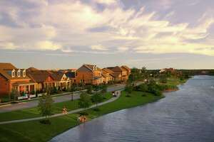 Bridgeland offers an array of housing styles and prices, which range from the $180,000s to more than a million. Thirteen well-known builders offer home designs in the development, one of Houston?s and the nation?s top-selling master-planned communities.