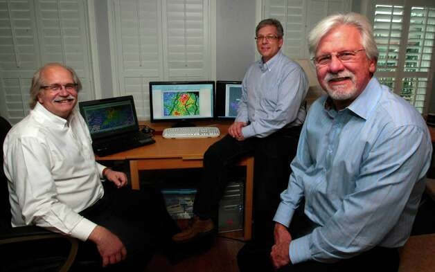 "(l-r) Geophysicist Brain Kalinec of I.P. Petroleum and Chet Pohle Geophysics Manager of E&B Natural Resources along with E&B Natural Resources Director of Land G.R. ""Bud"" Tippens, Wednesday, February 6, 2013. The Three are planning to drill for oil in Spindletop, and have put together a presentation for the NAPE conference. (Billy Smith II / Houston Chronicle) Photo: Billy Smith II, Staff"