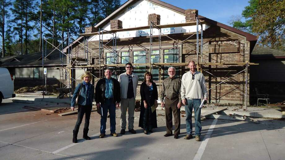 Left to right: Lea Pipitone, HomeAid; Ernie Lambert, Legend/Princeton Classic Homes; Greg Tomlinson, Builders Post-Tension; Debbie Rippstein, Gracewood; Don Forrester, Children at Heart Ministries; and Johnny Shepherd, Legend/Princeton Classic Homes at the Gracewood home. Legend/Princeton Classic Homes is the project?s builder captain.
