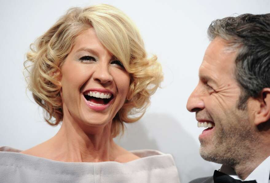 Actress Jenna Elfman and designer Kenneth Cole attend amfAR's New York gala at Cipriani Wall Street