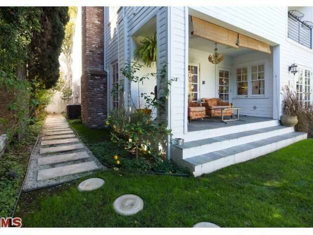 Nightmare on elm street home for sale sfgate for Homes for sale in los angeles area