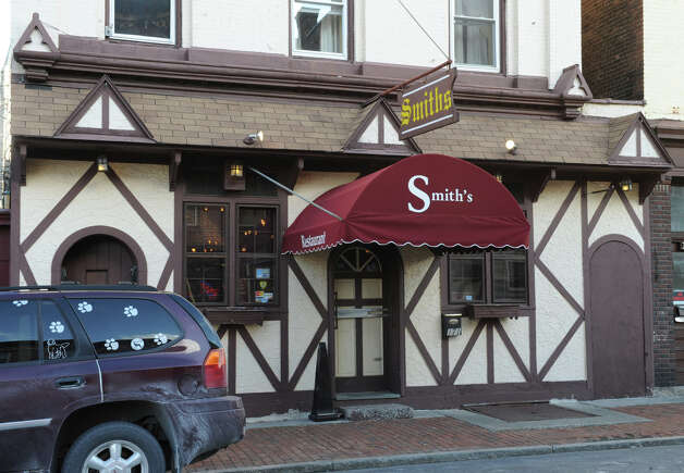 Exterior of Smith's restaurant on Remsen St. Monday Feb. 4, 2013 in Cohoes, N.Y. (Lori Van Buren / Times Union) Photo: Lori Van Buren