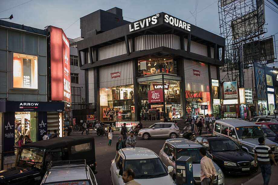 Levi Strauss & Co. reported higher profits, thanks in part to strong sales in its stores, such as this one in Bangalore, India. Photo: Sanjit Das, Bloomberg