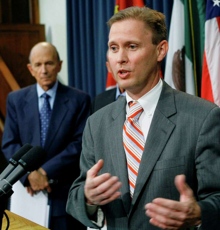 July 2008:TEA Commissioner Robert Scott announces plans to remove the seven school board members and appoint his own three-person board of managers and a new superintendent. Photo: Harry Cabluck, AP / AP