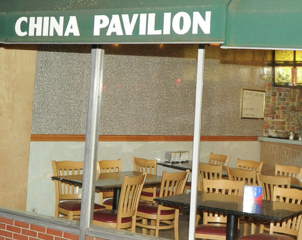 An empty China Pavilion restaurant at 374 Greenwich Ave., Thursday, Feb. 7. 2013. The restaurant has been closed by the Greenwich Health Department. Photo: Bob Luckey / Greenwich Time