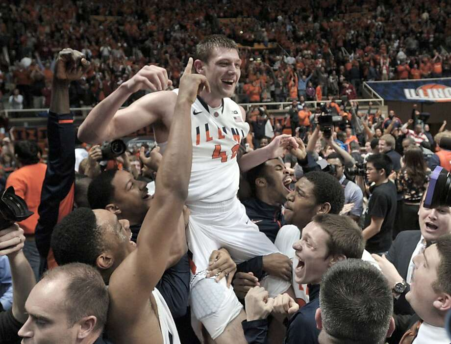 Illinois' Tyler Griffey enjoys the ride after beating No. 1 Indiana on a last-second inbounds play. Photo: John Dixon, Associated Press