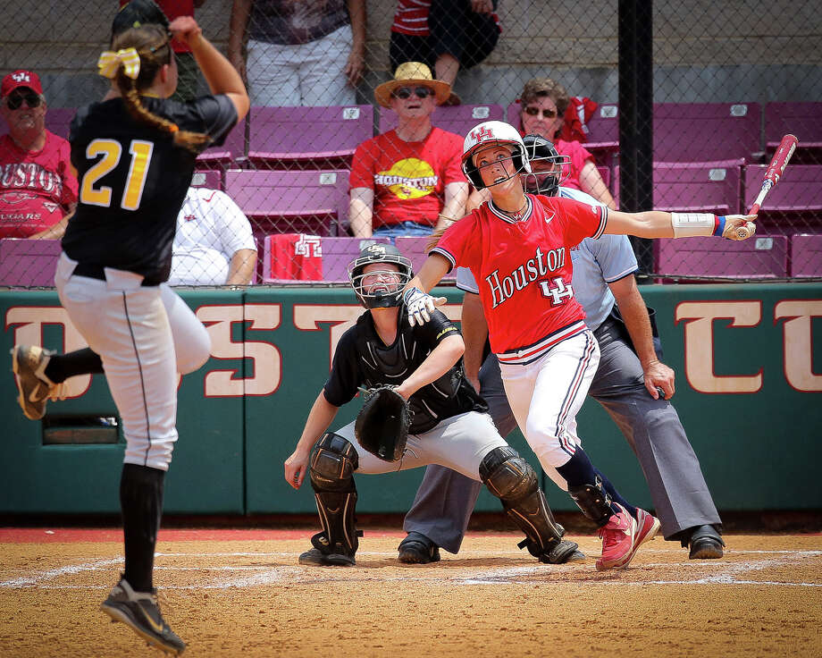 UH catcher Haley Outon turned in an All-America performance at the plate in 2012 by hitting for a .368 average to go with 22 home runs and 64 RBIs. Photo: Stephen Pinchback