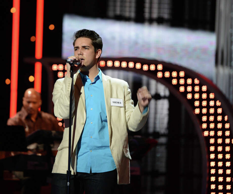 AMERICAN IDOL: Hollywood Round: Lazaro Arbos performs on Thursday, Feb. 7 (8:00-9:00 PM ET/PT). ©2013 Fox Broadcasting Co. CR: Michael Becker / FOX.