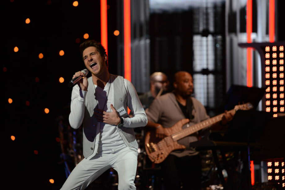 AMERICAN IDOL: Hollywood Round: Paul Jolley performs on Thursday, Feb. 7 (8:00-9:00 PM ET/PT). ©2013 Fox Broadcasting Co. CR: Michael Becker / FOX.