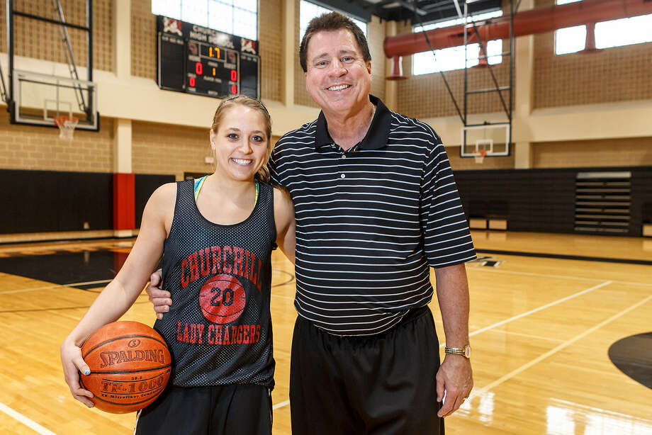 Churchill senior point guard Leslie Vorpahl, who has signed with Tulane, is coached by former Iowa point guard Cal Wulfsberg. Photo: Marvin Pfeiffer / San Antonio Express-News