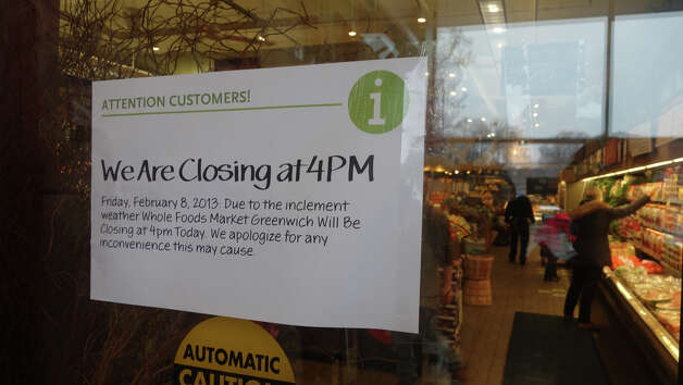 Whole Foods on East Putnam Avenue prepares to close as a blizzard moves into Greenwich, Conn., Feb. 8, 2013. Photo: Keelin Daly / Keelin Daly