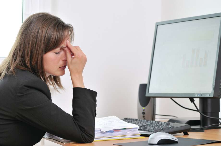 Computers can cause eye strain. (Fotolia.com) / Martinan - Fotolia