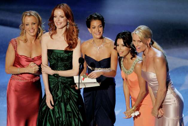 Felicity Huffman, Marcia Cross, Teri Hatcher, Eva Longoria, and Nicollette Sheridan, from the television series Desperate Housewives. Photo: MARK J. TERRILL, AP / AP