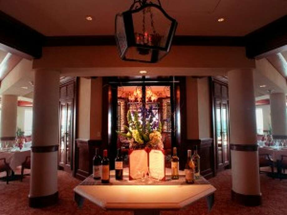 16641 La Cantera Parkway, 210-884-4400, is featuring a dinner, 7-8:45 p.m., $165, includes tax and tip. Phil Yamin's Bellagio Band, 9 p.m. Dinner includes fiesta fondue station; martini glass salad bar; full risotto station (choose two); carving station with roast pork loin; buffet items with beef tenderloin steak, chicken breast, root vegetables, brussels sprouts, braised short rib with whipped potatoes and dessert station.