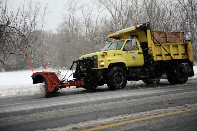 Cove Road is plowed during Friday's blizzard in Stamford, Conn., on February 8, 2013. Photo: Lindsay Perry / Stamford Advocate