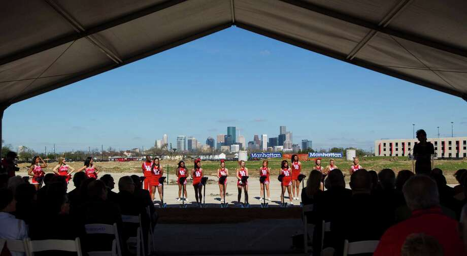 Sports is serious business in Texas, which is probably why some universities throw big money behind their athletic departments. College Raptor has rankings for the most profitable sports within each college and university in the 2013-2014 school year. See which Texas' athletics programs stack up.Source: College Raptor Photo: Karen Warren, Houston Chronicle / © 2013 Houston Chronicle