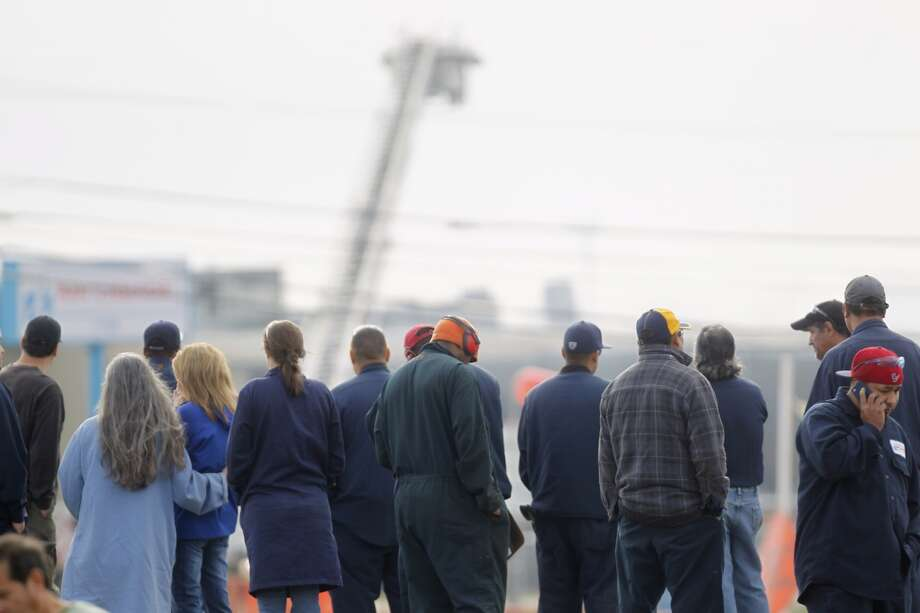 A crowd gathers outside the Air Liquide plant in La Porte. (Johnny Hanson/Chronicle)