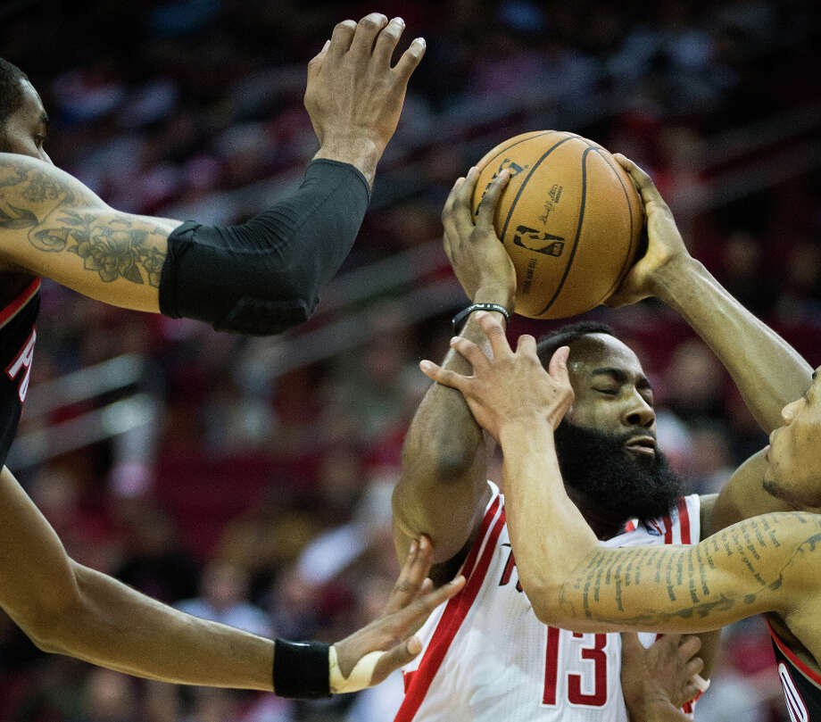 Rockets guard James Harden drives to the basket. Photo: Smiley N. Pool, Houston Chronicle / © 2013  Houston Chronicle