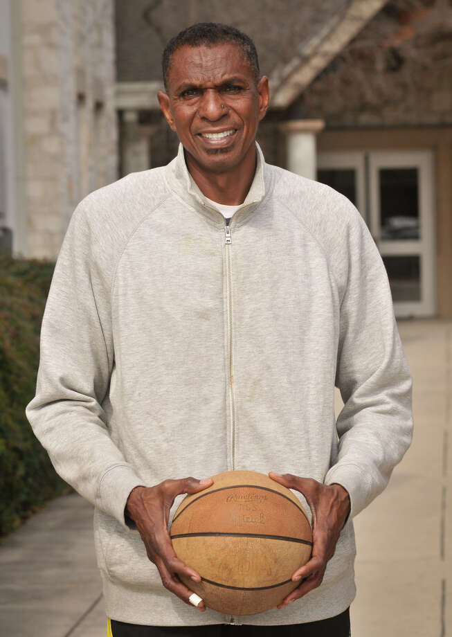 San Antonio Sports Hall of Fame inductee, former Spur and New York Nets player Larry Kenon. Photo: Robin Jerstad, Express-News