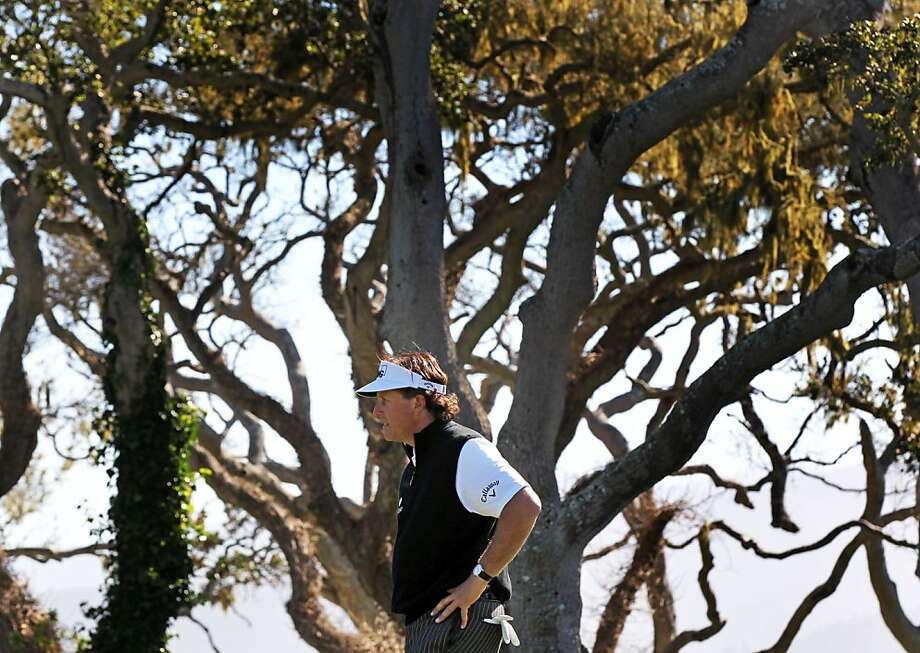 Phil Mickelson reacts to a missed birdie putt on the 16th hole during the third round of the AT&T Pebble Beach National Pro-Am at Pebble Beach Golf Links on February 9, 2013 in Pebble Beach, Calif. Photo: Lance Iversen, The Chronicle