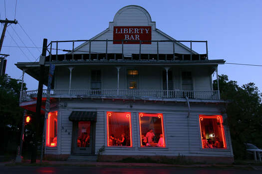 A view of Liberty Bar Thrusday July 9, 2009. The restaurant will be moving to the former St. Scholastica Convent on South Alamo Street sometime in the beginning of next year. Photo: EDWARD A. ORNELAS, SAN ANTONIO EXPRESS-NEWS / eaornelas@express-news.net