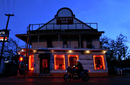 The Liberty Bar is known for its leaning frame and rustic and casual ambience. Photographed Friday, April 8, 2005. Photo: NICOLE FRUGE, SAN ANTONIO EXPRESS-NEWS / SAN ANTONIO EXPRESS-NEWS