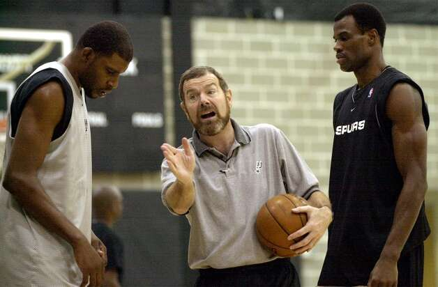 Spurs assistant coach P.J. Carlesimo gives instructions during Spurs training camp Thursday, October 3, 2002 at the Spurs training facility. Photo: BAHRAM MARK SOBHANI, SAN ANTONIO EXPRESS-NEWS / SAN ANTONIO EXPRESS-NEWS