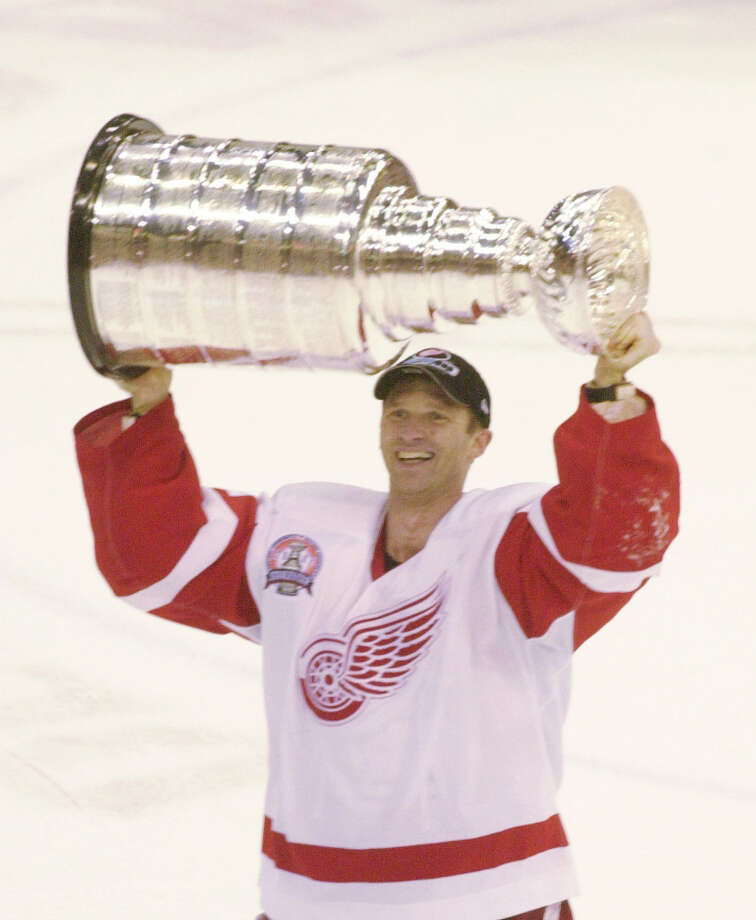 3 titles, 47 contested (NFL, MLB, NHL, NBA)The Detroit Red Wings hoisted the Stanley Cup Trophy in 2001-2002 and 2007-2008. The Tigers won the World Series in 2003-2004. Photo: CARLOS OSORIO, AP / AP