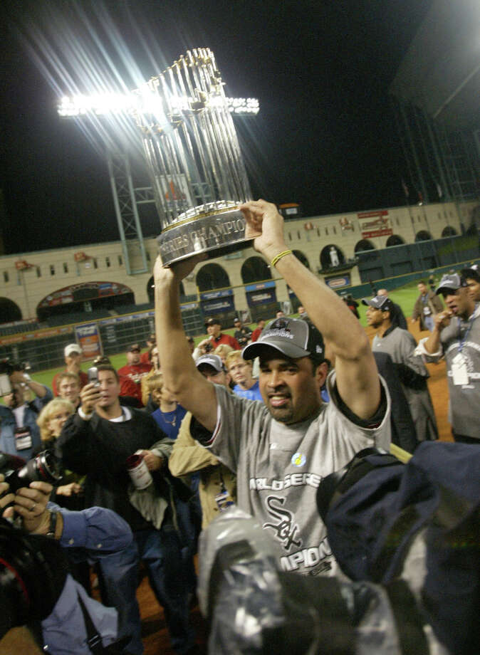 2 titles, 59 contested (NFL, MLB (X2), NHL, NBA)The Chicago White Sox beat the Astros to claim the 2005 World Series. The Chicago Blackhawks won the 2009-2012 Stanley Cup. Photo: Mayra Beltran, Houston Chronicle / HOUSTON CHRONICLE