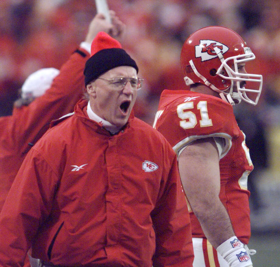 0 titles, 24 contested (NFL, MLB)The Kansas City Chiefs made it to the NFL Playoffs three times, but didn't win a game. And the Royals have not made it to the post season since winning the 1985 World Series. Photo: CLIFF SCHIAPPA, AP / AP