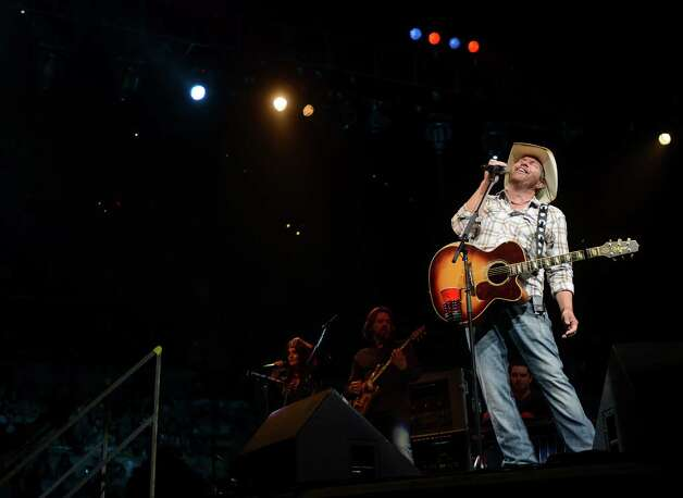 Country music's Toby Keith performs during the third day of Stock Show & Rodeo on Saturday, Feb. 9, 2013. Photo: Billy Calzada, San Antonio Express-News / San Antonio Express-News