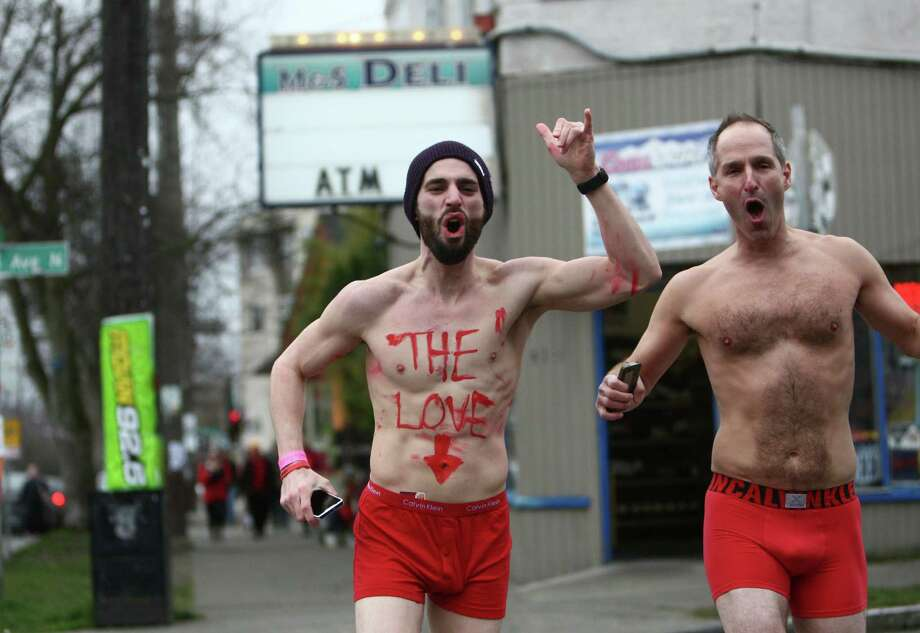 Participants near the finish during Cupid's Undie Run. Photo: JOSHUA TRUJILLO, SEATTLEPI.COM / SEATTLEPI.COM