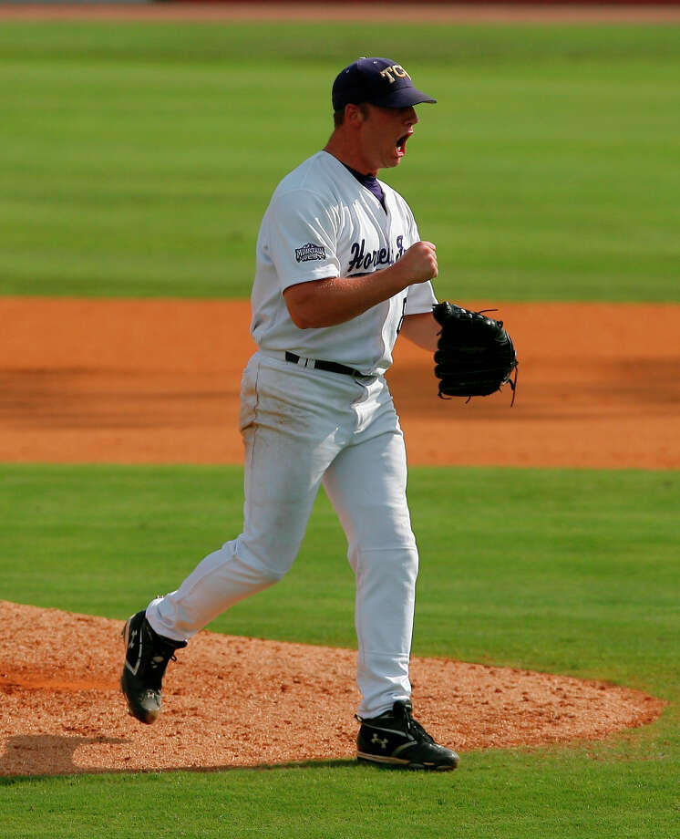Sam Demel (RHP)
