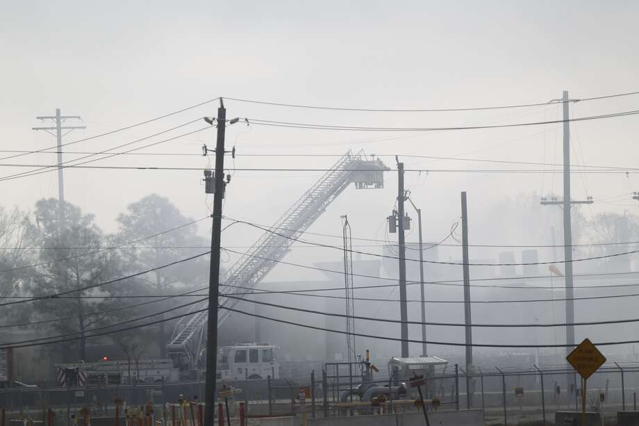 The response continued throughout the morning at the Air Liquide plant. (Johnny Hanson/Chronicle)