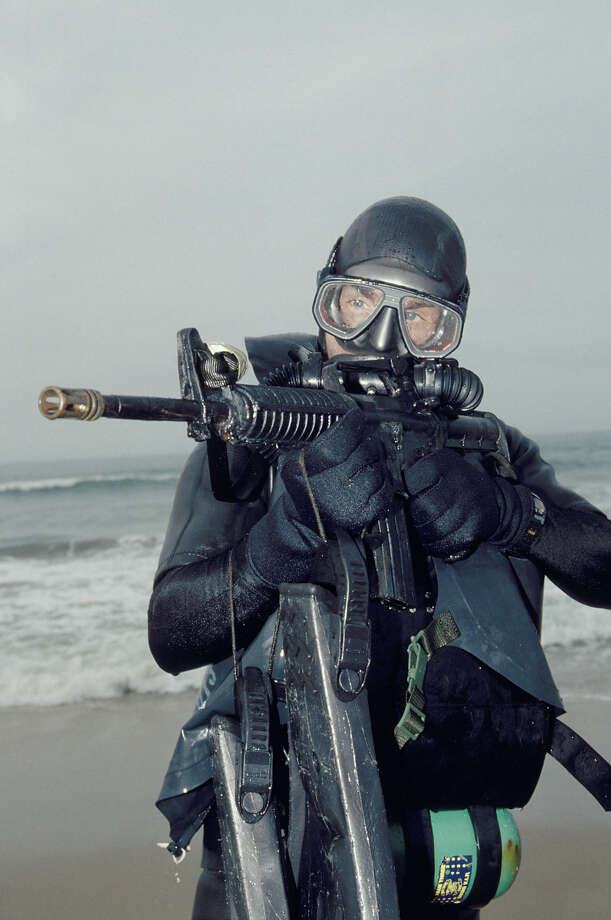 Navy SEAL, part of US Special Forces train using underwater equipment. Photo: Greg Mathieson/Mai, Time & Life Pictures/Getty Image / Greg Mathieson/Mai
