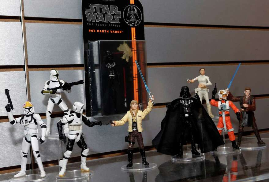 The new STAR WARS BLACK SERIES 3.75-inch action figures, featuring highly detailed collectible figur