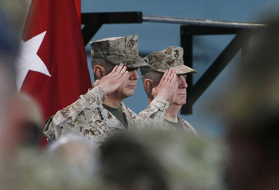 Outgoing commander Gen. John Allen, left, and his replacement, Gen. Joseph Dunford, in Kabul. Photo: Omar Sobhani, Associated Press