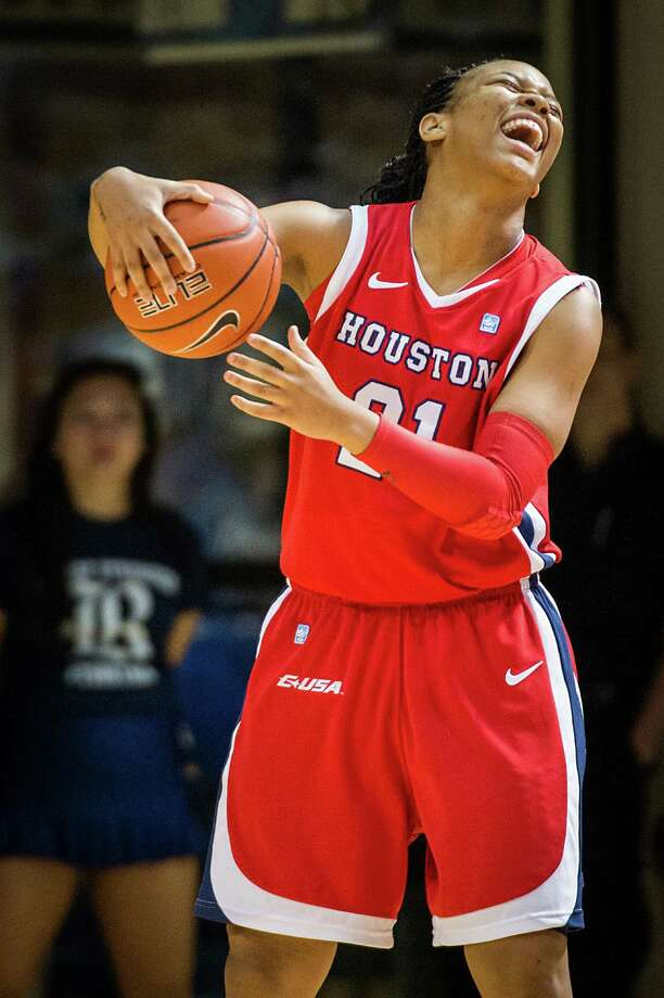 Houston guard Jessieka Palmer (21) reacts after being called for traveling. Photo: Smiley N. Pool, Houston Chronicle / © 2013  Houston Chronicle