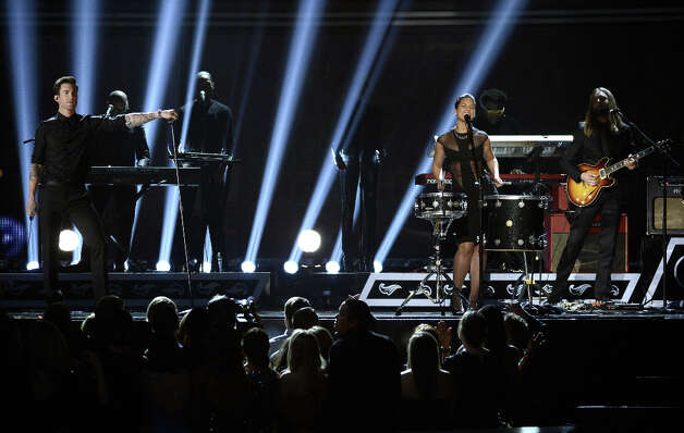 Singers Adam Levine (L) and Alicia Keys (2nd R) with Maroon 5 perform onstage at the 55th Annual GRAMMY Awards at Staples Center on February 10, 2013 in Los Angeles, California. Photo: Kevork Djansezian, Getty Images / 2013 Getty Images