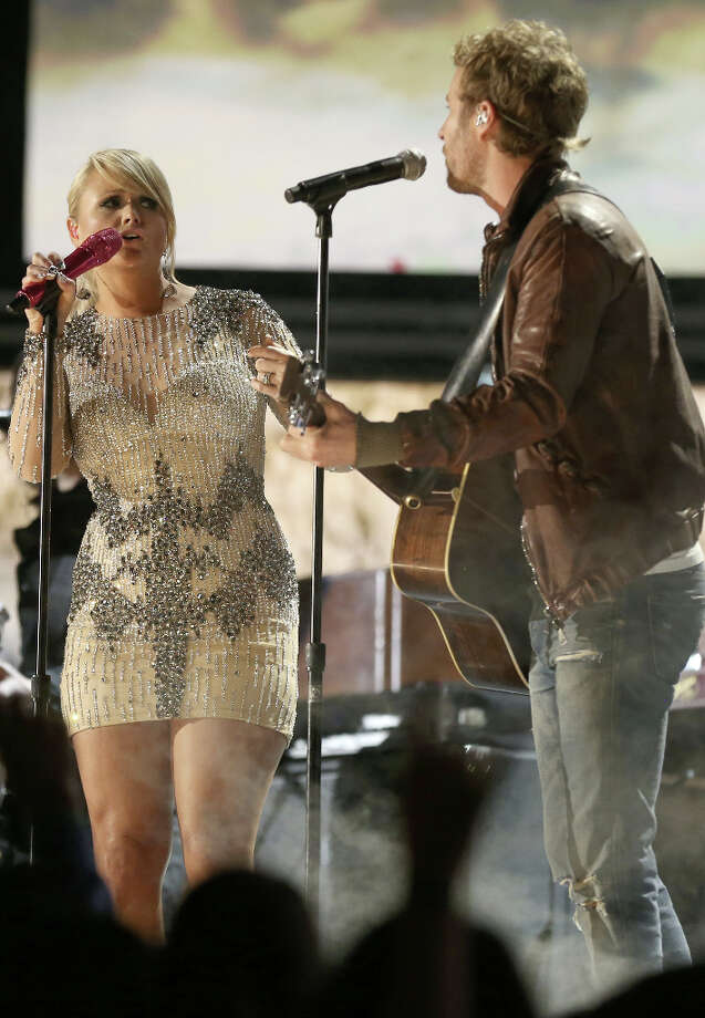 Singers Miranda Lambert (L) and Dierks Bentley perform onstage during the 55th Annual GRAMMY Awards at STAPLES Center on February 10, 2013 in Los Angeles, California. Photo: Christopher Polk, Getty Images For NARAS / 2013 Getty Images