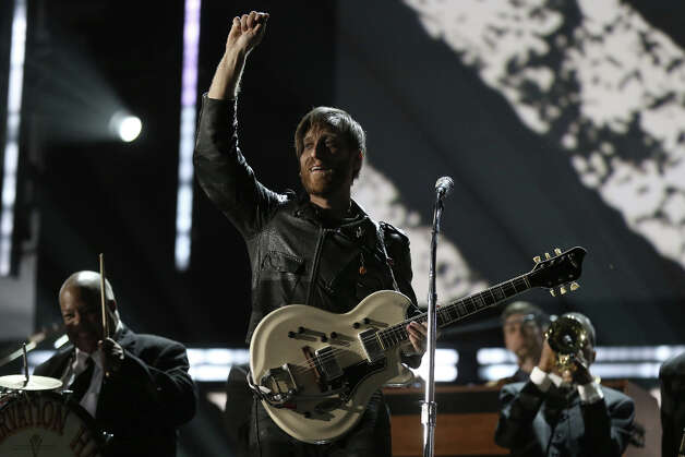 Singer Dan Auerbach of the Black Keys performs onstage during the 55th Annual GRAMMY Awards at STAPLES Center on February 10, 2013 in Los Angeles, California. Photo: Christopher Polk, Getty Images For NARAS / 2013 Getty Images