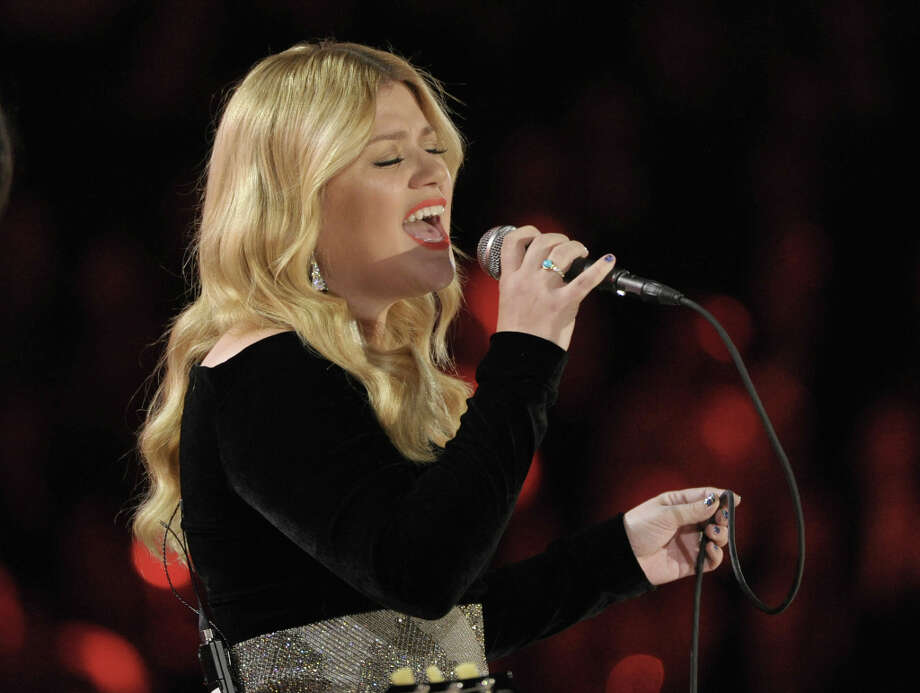 Kelly Clarkson performs on stage at the 55th annual Grammy Awards on Sunday, Feb. 10, 2013, in Los Angeles. Photo: John Shearer, Associated Press / Invision