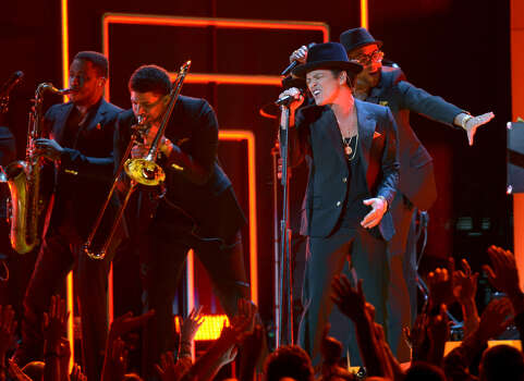 Bruno Mars performs at the stage at the Staples Center during the 55th Grammy Awards in Los Angeles, California, February 10, 2013. Photo: JOE KLAMAR, AFP/Getty Images / AFP