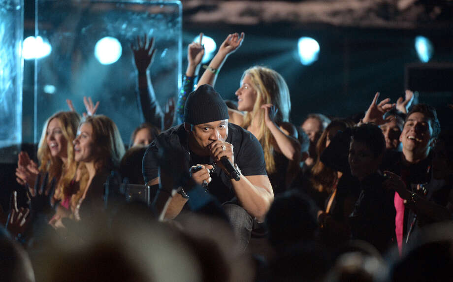 LL Cool J performs on stage at the Staples Center during the 55th Grammy Awards in Los Angeles, California, February 10, 2013. Photo: JOE KLAMAR, AFP/Getty Images / AFP
