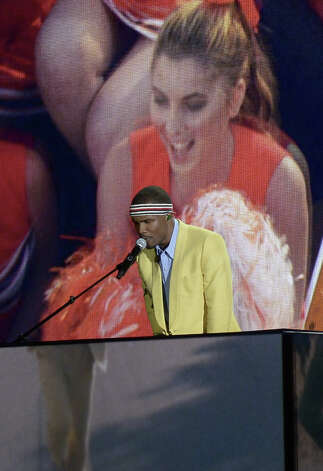 Frank Ocean performs on stage at the Staples Center during the 55th Grammy Awards in Los Angeles, California, February 10, 2013. Photo: JOE KLAMAR, AFP/Getty Images / AFP